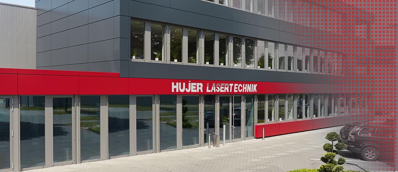 Standort Harsewinkel Hujer-Lasertechnik Ihr Laserdienstleister Industrielle Laserbearbeitung 3D-Lasertechnik 2D-Lasertechnik Laserschweißen Rollenrichten CNC-Abkanten Buckelschweißen Laserschneiden 2D-Laserschneiden 3D-Laserschneiden